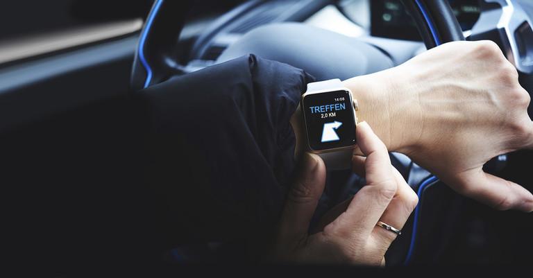 Smart Watch im Auto